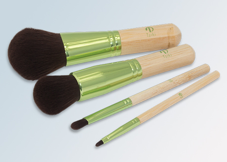 makeup brush collection wood handles
